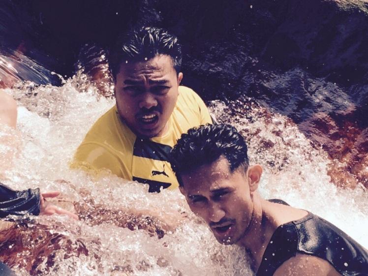 Kayak yang lagi serius jadi relawan bencana